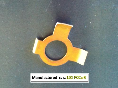 Steering wheel locking tab washer
