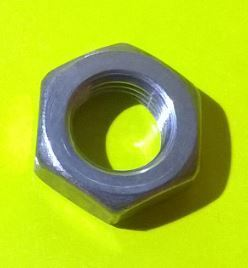 Clutch jump hose securing nut