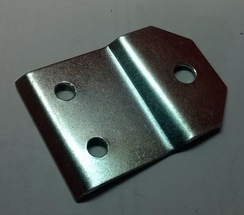 Tailpipe flexible mounting plate